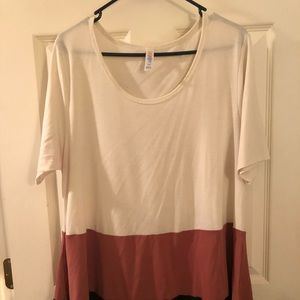 Large perfect tee tri-colored
